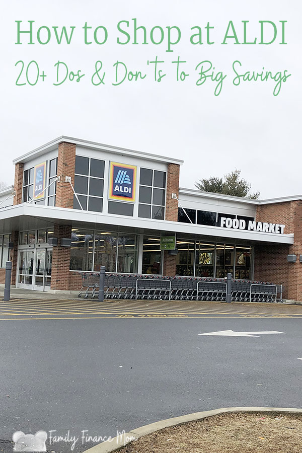 While ALDI has been in the US since the 1970s, it's still an unfamilar format for many shoppers. Here are the top 20+ dos and don'ts for how to shop at ALDI #savemoney #saveongroceries #ALDI